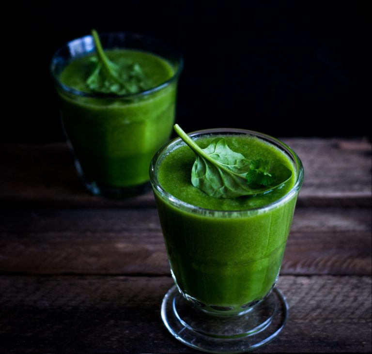 All Kale the King Juice or Smoothie